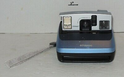 Vintage Polaroid One600 Classic Instant Film Camera with Wrist Strap Works