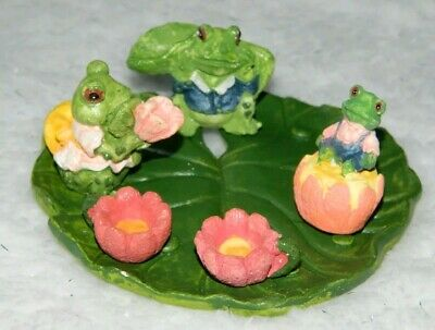 New Frog Family Tea Set 1990's Vintage Miniatures  New Old Stock