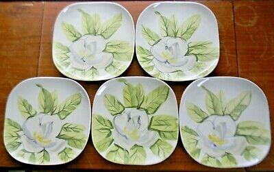 """5 Vintage Red Wing Pottery MAGNOLIA 7.5"""" SALAD PLATES Chartreuse Green"""