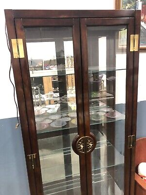 American Of Martinsville Brown Lacquer Asian Style Curio Display Cabinet