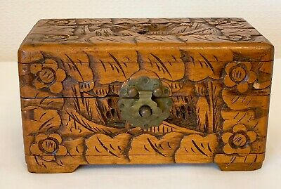 "VINTAGE CAMPHOR WOOD CARVED JEWELLERY BOX  CHINESE DOCUMENT TRINKET 7.5 "" long"