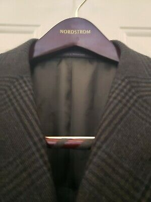 Ermenegildo Zegna For Neiman Marcus Blazer Size 52R, Made in Switzerland