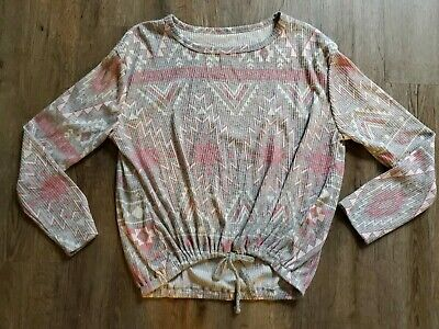 NWT Justice For Girls Shirt Size 10 gray white pink design triangles long sleeve