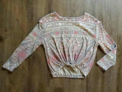 NWT Justice For Girls Shirt Size 6 gray white pink design triangles long sleeve
