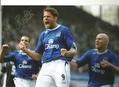James Beattie Everton Authentic Hand Signed 12 x 8 inch football photo SS125
