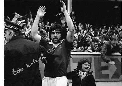 Bob Latchford Everton Authentic Hand Signed 16 x 12 inch football photo SS178a