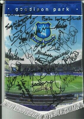 Everton legends multi Authentic Hand Signed football pennant SS233a