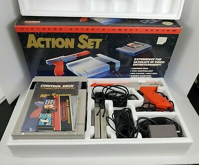 Nintendo NES Action Set Console Bundle Box Zapper Super Mario Duck Hunt Manual