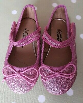 Girls Pink Glittery Dolly/Ballet Shoes. Size infant 4 Excellent Condition