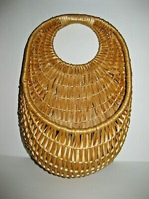 Vintage Wall Hanging Wicker Woven Basket with One Handle on One Side Wall Decor