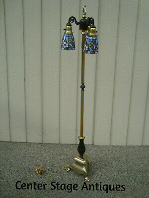 60521 Solid Brass Pole Lamp w Leaded Glass Shades