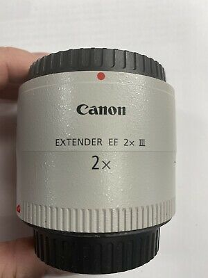 Canon Extender EF 2x III Teleconverter Lens Beautiful Condition