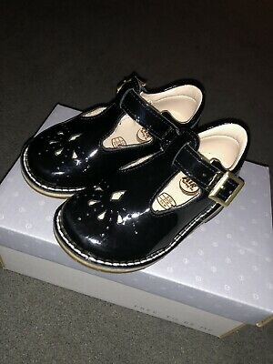 Black Patent Leather Yarn Weave Clarks First Shoes Size 5 G