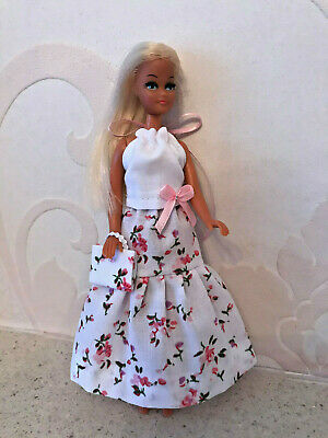 Pink skirt/ white top to fit Palitoy 6.5 inch Pippa / Dawn Doll