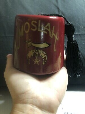 "Moslah Fez Cast Steel Bank Shriners Hat Key Lock Trap USA 3 1/8"" Good Condition"
