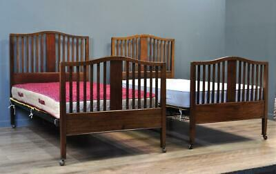 """Attractive Pair of Antique Mahogany Heal & Sons London Large 3ft 6"""" Single Beds"""