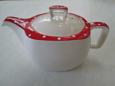 Midwinter Stylecraft teapot in the red Domino design