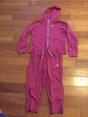 Girls Nike Jogging Suit  Hoodie And Capri Bottoms Large Xl Aged 11-12