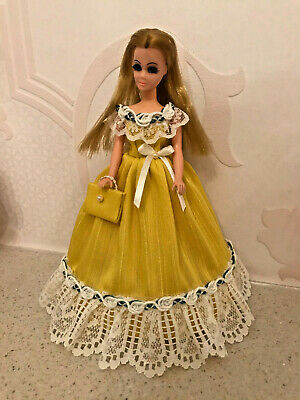 Silk and Lace Gown to fit Palitoy 6.5 inch Pippa / Dawn Doll