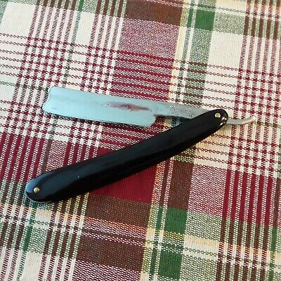 Wade and Butcher restored straight razor. 6/8. New horn scales, Shave ready