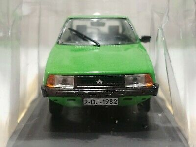 1/43 OLTCIT CLUB GREEN by DEAGOSTINI 'LEGENDARY CARS' CITROEN AXEL