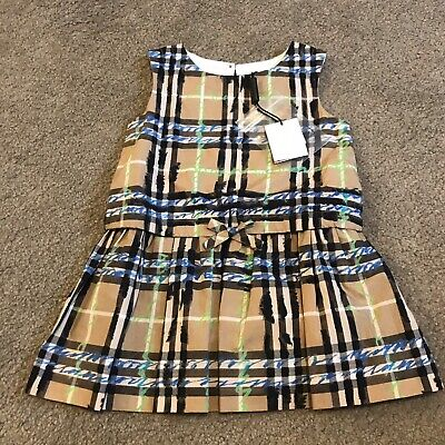 New With Tags Burberry Girls Dress Size 12 Months Classic Pattern