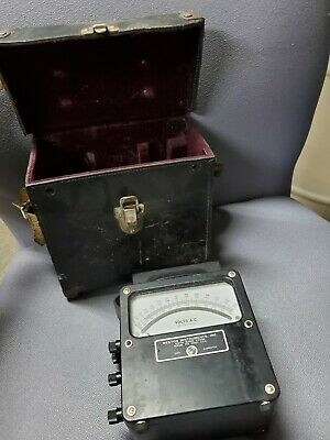 Weston Electrical Instruments, model 433, 0 - 600 AC Volt meter, with box