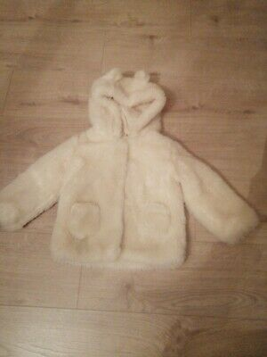 Marks and Spencer Girls White Fur Coat Age 2-3 Years