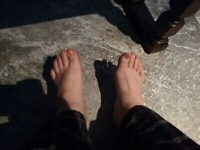 Feet Pictures (Requests Welcome)