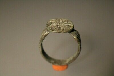 Ancient Fantastic Roman Bronze Ring  1st - 4th century AD