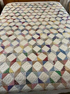 """OMG GORGEOUS Vintage HANDMADE HAND QUILTED Chevron Patchwork QUILT 90""""x97""""  #677"""