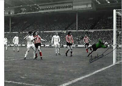 Jim Montgomery FA Final Sunderland Authentic Hand Signed football photo SS599