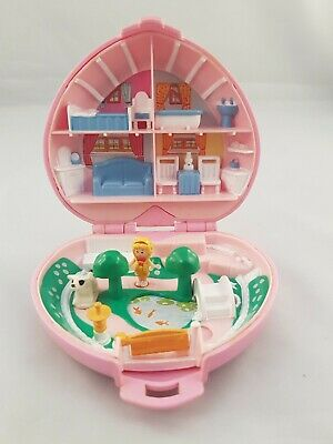 Vintage Polly Pocket 1989 Country Cottage Compact Case almost COMPLETE