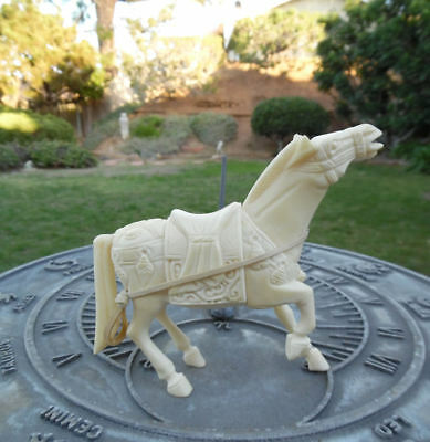 Very Fine Hand Carved Cattle Bone Tang Horse Chinese Antique Sculpture