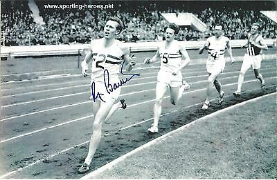 Hand Signed 7x11 photo SIR ROGER BANNISTER - 4 Minute Mile + my COA
