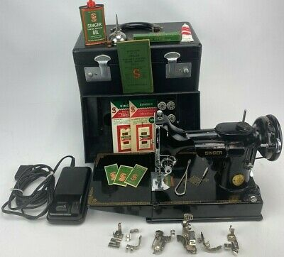 Singer 221 Scroll Work Featherweight Sewing Machine W/ Case and Attachments 1947