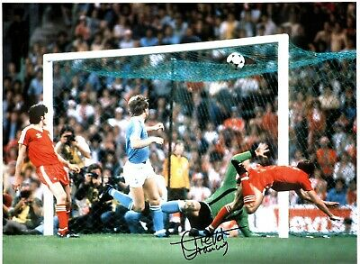 Trevor Francis Notts Forest Authentic Hand Signed 16 x 12 football photo SS780