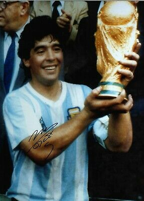 Diego Maradona Mexico 86 Argentina Authentic Hand Signed football photo SS1069