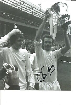 Paul Reaney Leeds Utd 72 FA Cup Authentic Handsigned 10 x 8 football photo JM091