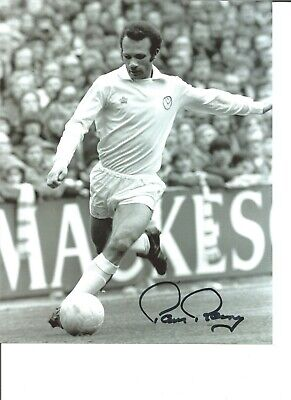 Paul Reaney Leeds United Authentic Hand Signed 10 x 8 football photo JM090