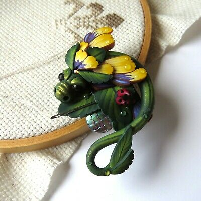 Johnny Jump Up Pansy Dragon Magnetic Needle Minder by Claybykim