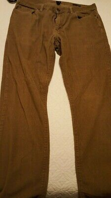 mens Gap Straight Fit 5 pocket corduroy jeans brown color size 36x34 excellent