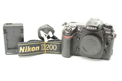 Nikon D200 10.2MP SLR Digital Camera Body Only - Black ***40,140 shots***