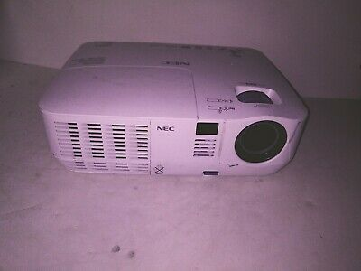 NEC V260X DLP Projector 3D Ready 2600 Lumens + remote