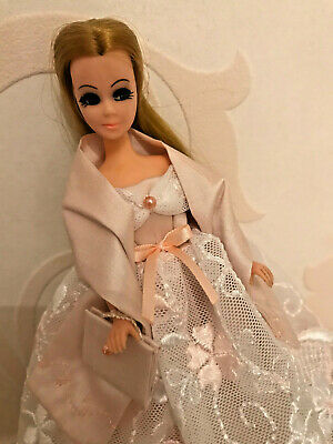 Silk and Tulle Outfit to fit Palitoy 6.5 inch Pippa / Dawn Doll