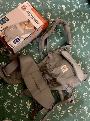 Ergobaby Adapt carrier in pearl grey. Used Handful of times. Comes In Box.