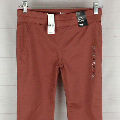 NWT $49 NYC SOHO womens size XS stretch rustic red High Waist Cropped Legging