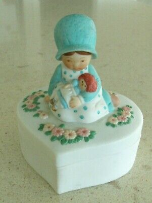 Vintage 1990 Holly Hobbie heart shaped trinket box Summit Collection 3D blue hat