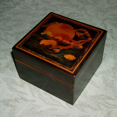 Set Of 5 Vintage Chinese Lacquer Nasting Boxes