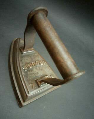 Antique Vintage Sad Iron Flat Iron Old Cast Iron by Siddons 7 R England